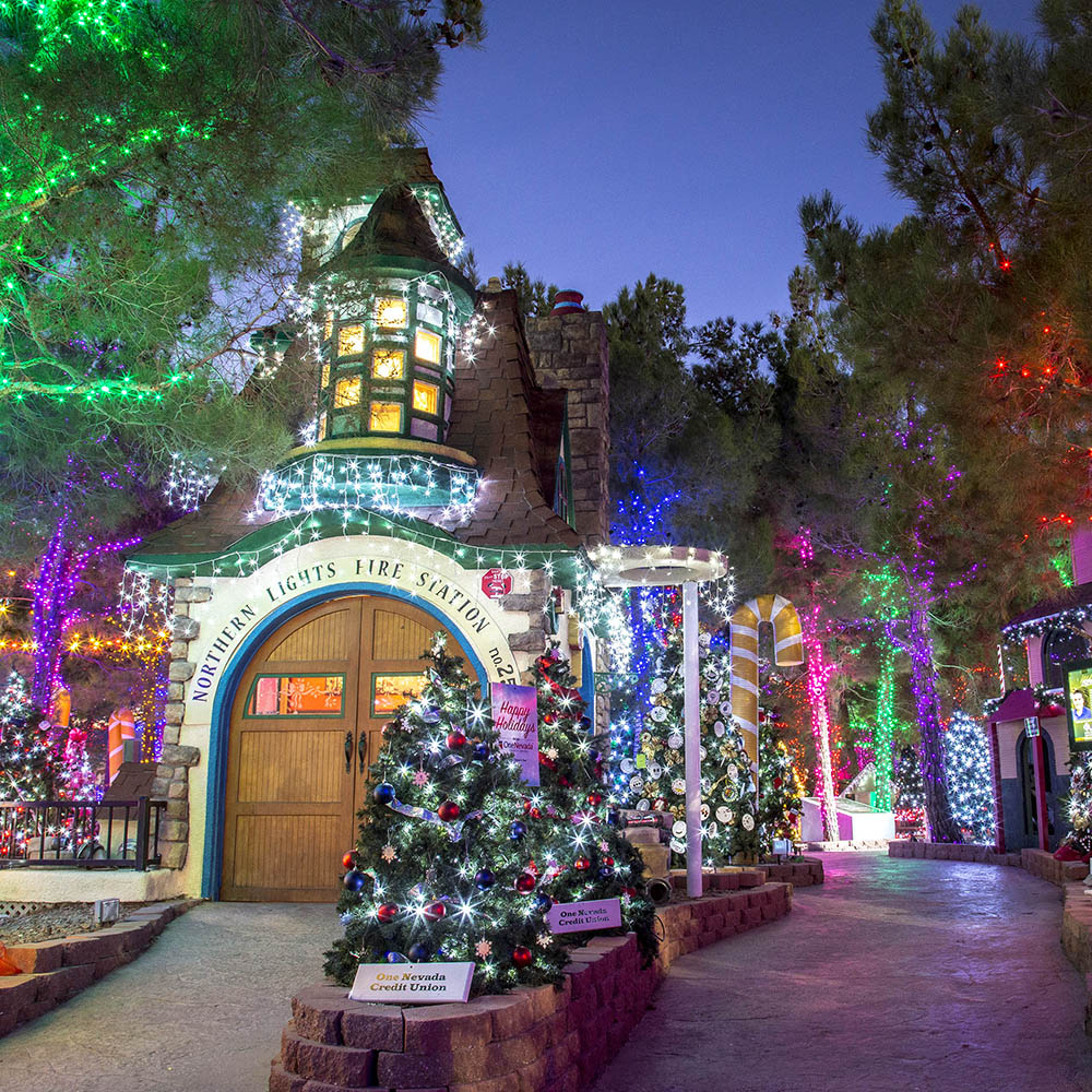 Christmas In Vegas.Las Vegas Favorite Charity Opportunity Village Magical